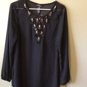 Beach bathing suit cover up black